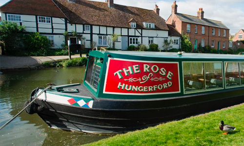 The narrowboat The Rose of Hungerford